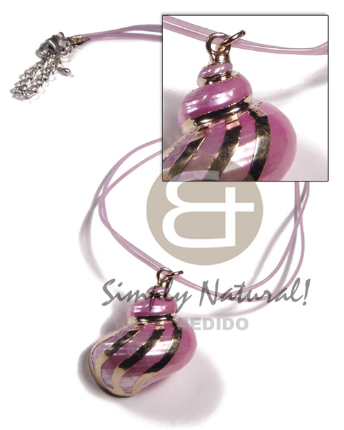 2 rows lilac jelly cord  pink turbo shell pendant (approx.  35mm - varying natural sizes ) molten gold metal series /  attached jump rings / electroplated / 19-049 - Shell Necklace