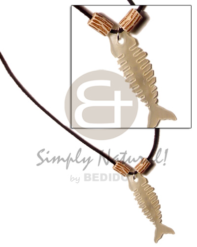 Leather thong fishbone hammershell Shell Necklace