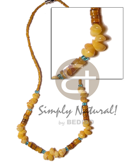 Yellow mongo shell and hammershell Shell Necklace