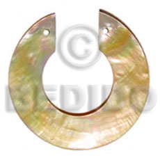 C cut mop round 50mm Shell Pendant