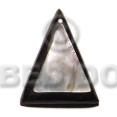 50mm hammershell triangle thick Shell Pendant