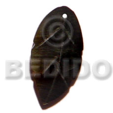 Blacklip leaf 15mm Shell Pendant
