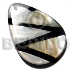 60mmx45mm 7mm thickness teardrop Shell Pendant