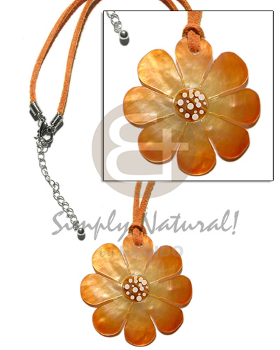 hand made Graduated orange tones hammershell flower Teens Necklace