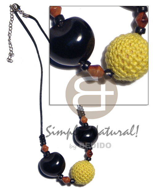 20mm round wood beads in Teens Necklace