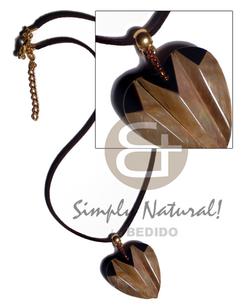 36mmx32mm laminated brownlip blacktab combination accordion Teens Necklace