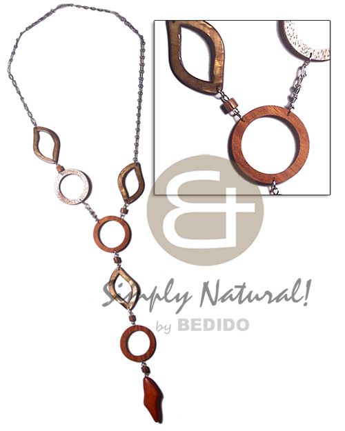 metal chain  3 pcs, 40mm wood rings, 3pcs laminated kabibe eyelet shells and dangling 50mmx20mm freeform wood accent / 24in plus 7in dangling accent - Teens Necklace