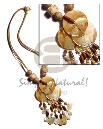 3 overlapping 25mm mop Womens Necklace