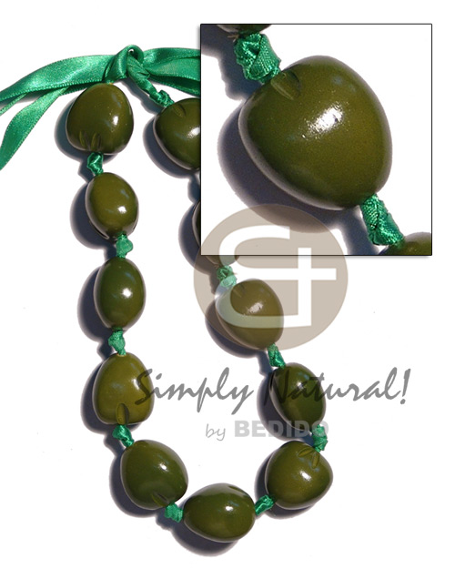 Kukui nut choker in Womens Necklace