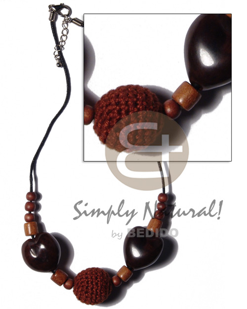 20mm round brown crochet wood Womens Necklace