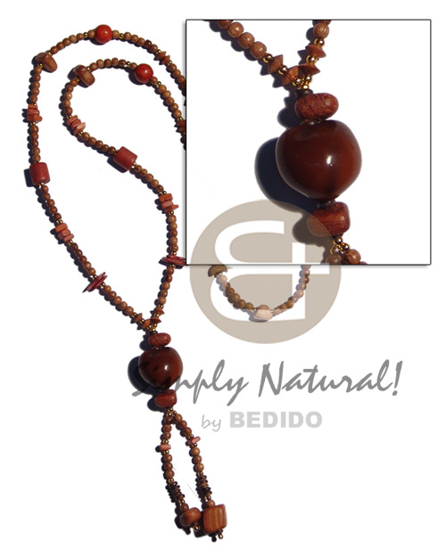 36 in. tassled 4-5mm robles Wood Necklace