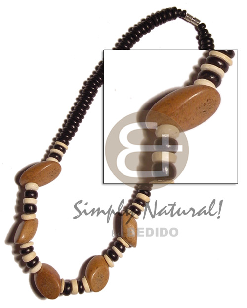 7-8mm coco pokalet. black bleach Wood Necklace